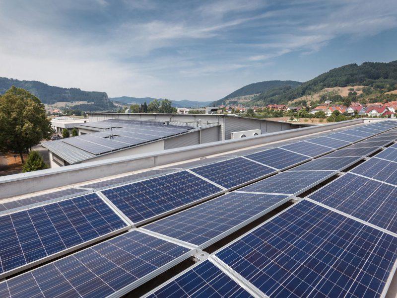 Photovoltaik für Gewerbe: PROTEC GmbH